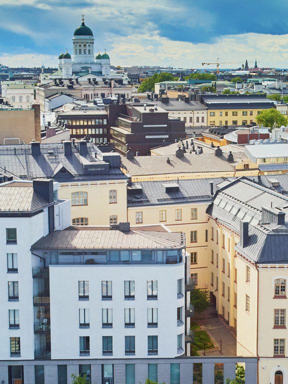 Helsinki a 360 gradi a bordo di un'auto a noleggio