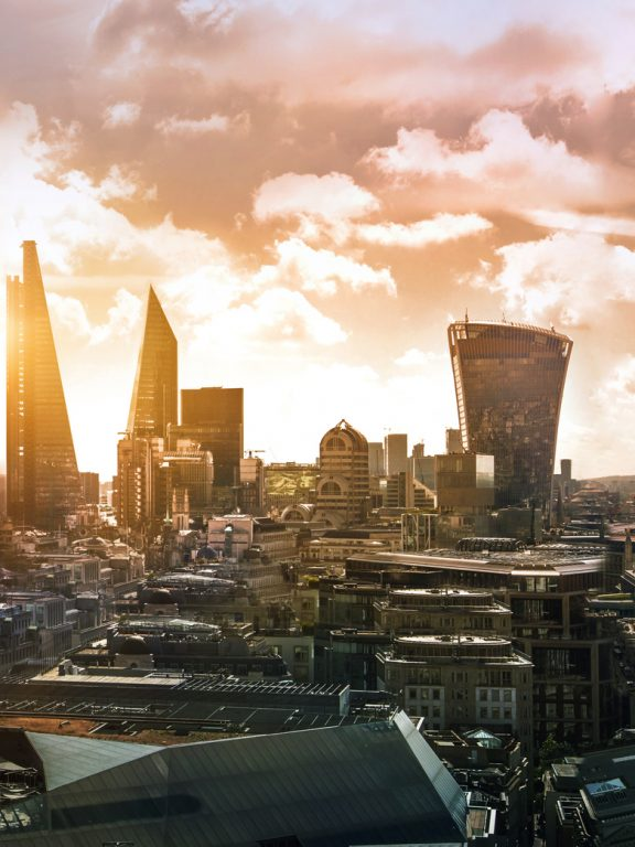 Londra: consigli utili per un itinerario in auto a noleggio